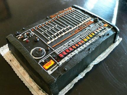 Roland TR-808 Kuchen