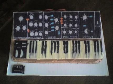 Moog Minimoog Kuchen